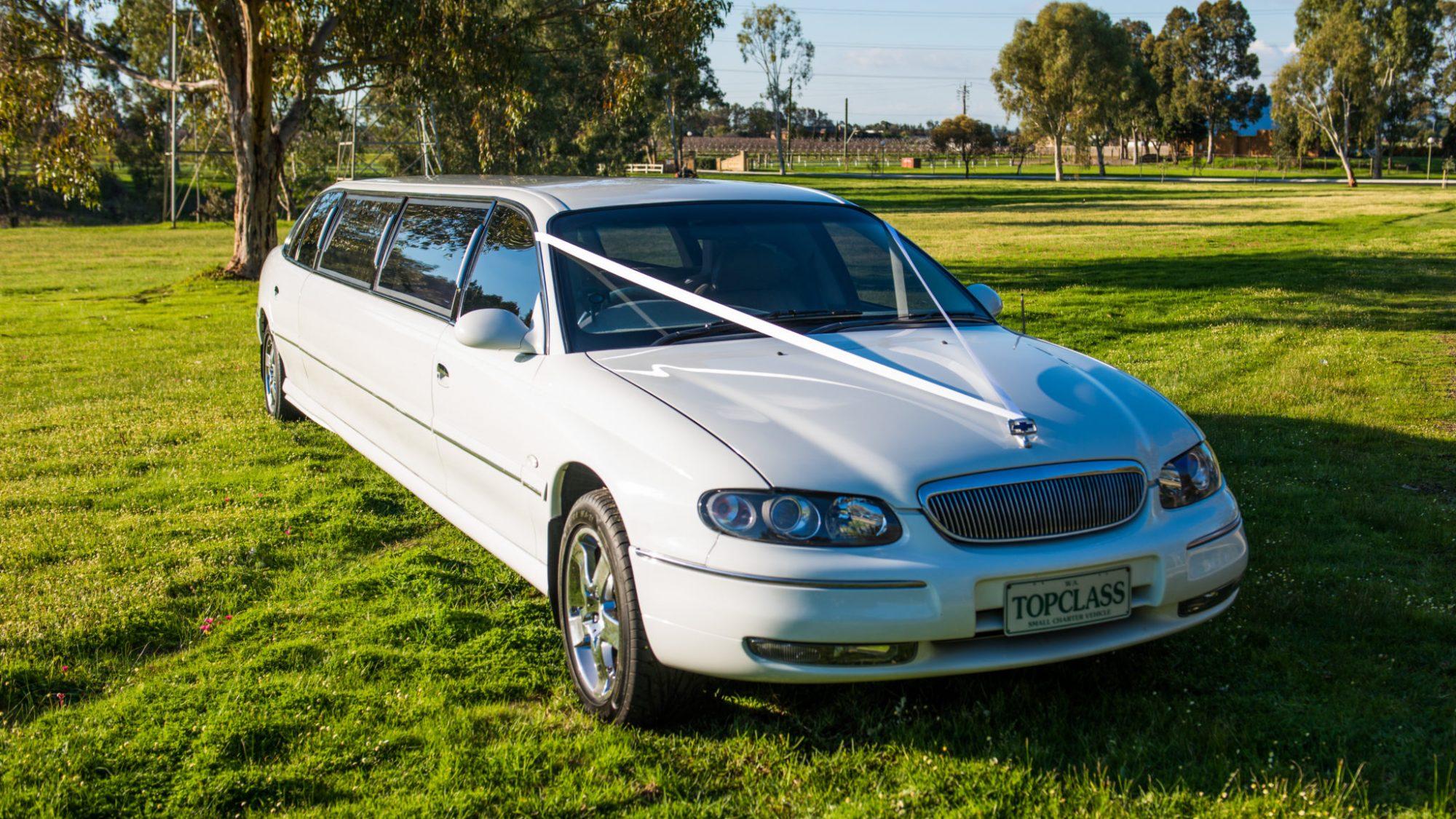 White-Limousine